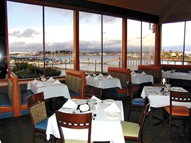 Fine Dining in Port Orchard - The Lighthouse