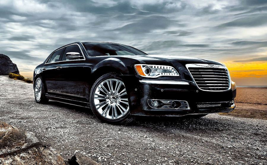 KPBJ.COM | 2011 Chrysler 300 SRT8: Big, bold, and fast... with ...